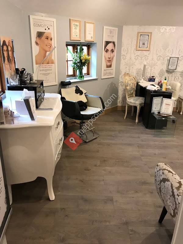 Claws Nail & Beauty Salon