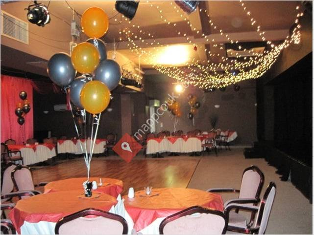 Infinity Bar / Restaurant / Entertainment Suite