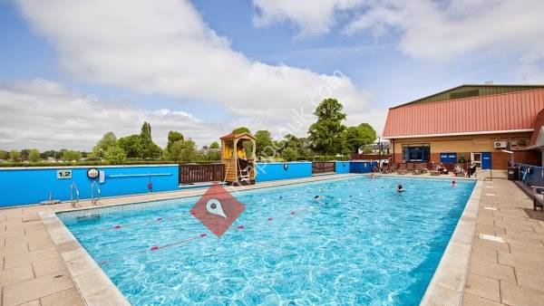 Nuffield health the oxfordshire health racquets club - Woodstock swimming pool opening hours ...