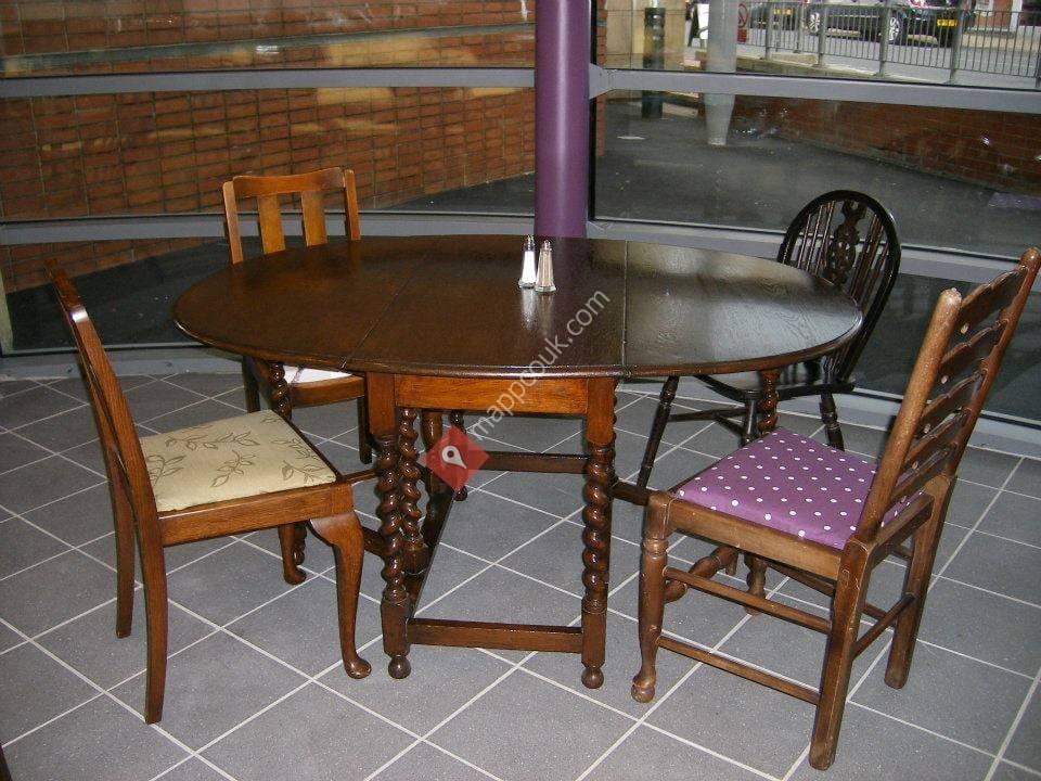 Woodchats Coffee Shop